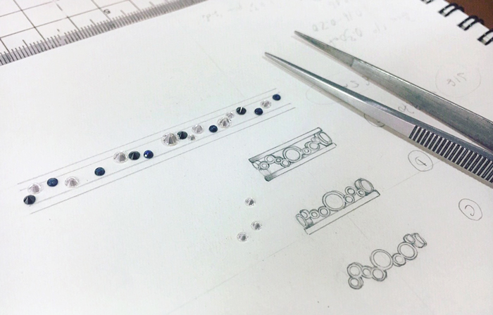 Sketch and selecting diamonds and gemstones